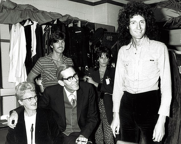 Brian_and_Parents_MSG_1977_1411657676577.jpg